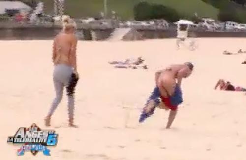 Benoît et Amélie s'éclatent à la plage