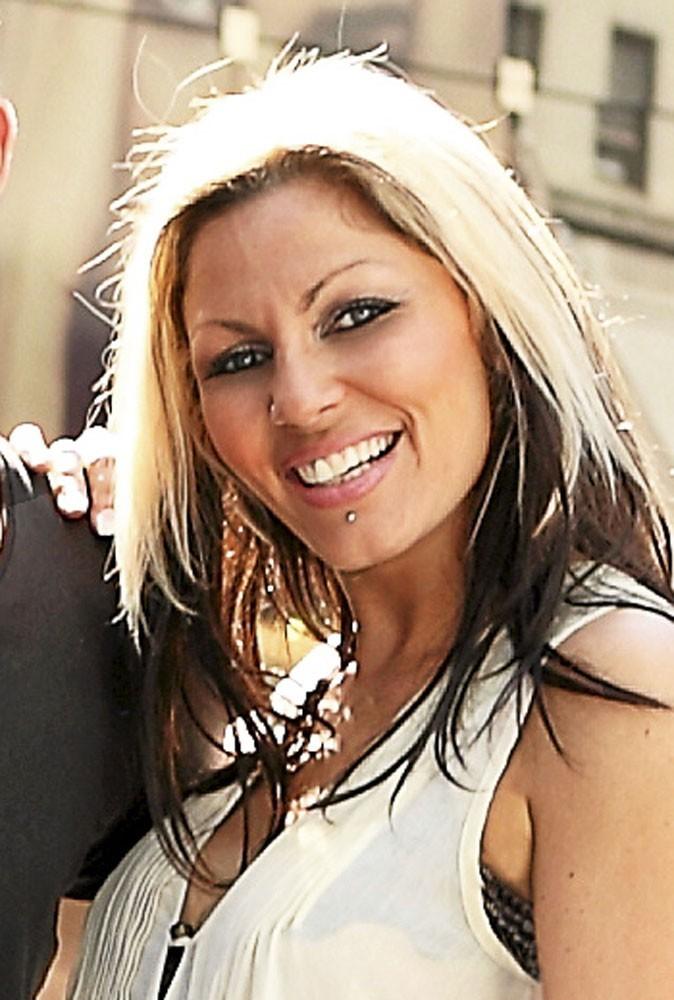 Carine Haddadou dans les Anges de la télé réalité 3 !
