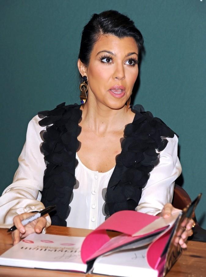 Kourtney Kardashian ne sait plus où donner de la tête !