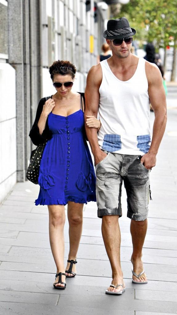 Différences de taille au sein du couple Danii Minogue et Kris Smith : 34 cm