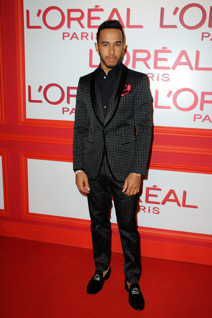 Lewis Hamilton en mode James Bond !