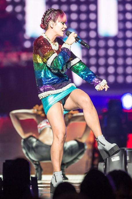 Lily Allen en concert à Philadelphie le 2 août 2014