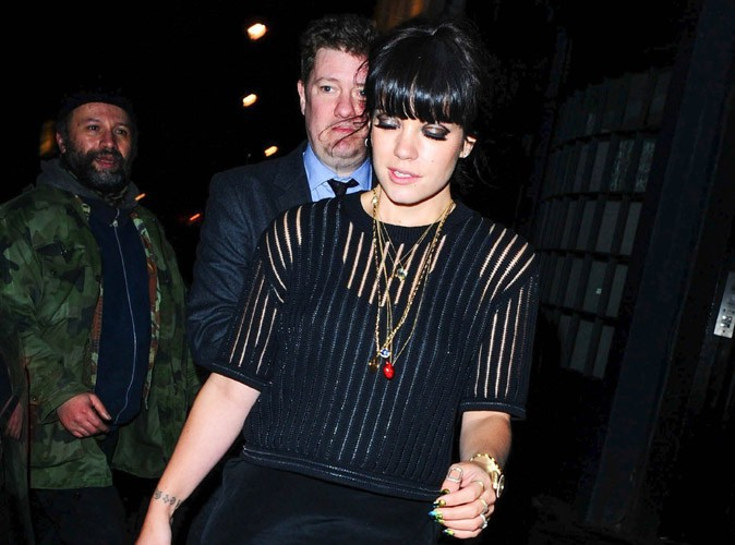 Lily Allen : fin de soirée difficile pour la popstar amincie !