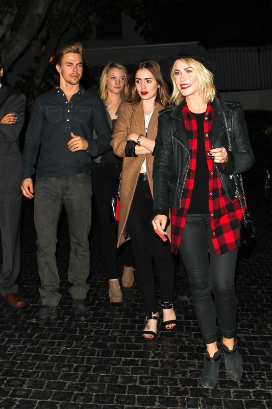 Derek et Julianne Hough, et Lily Collins lors de l'after-party du concert de 30 Seconds to Mars, le 13 octobre 2013.