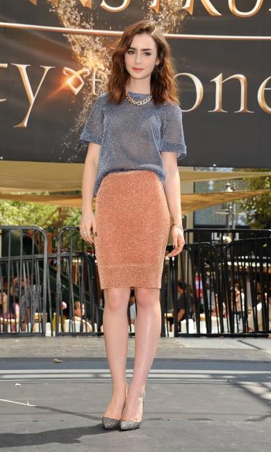 Lily Collins en promo à Glendale, le 13 août 2013.