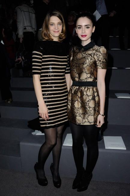 Lily Collins et Céline Salette au défilé Louis Vuitton à Paris le 6 mars 2013
