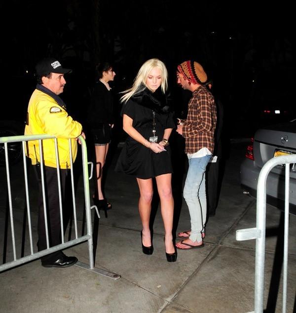 Lindsay Lohan habillée pour aller en club ?!!