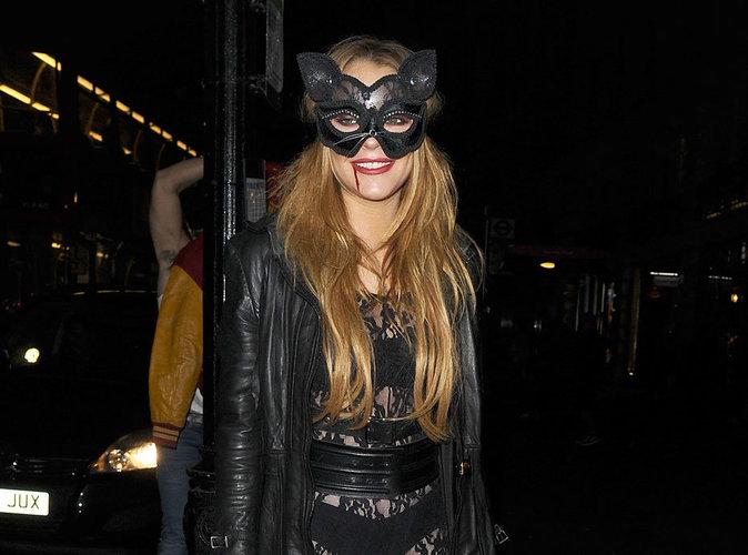 Photos : Lindsay Lohan : Catwoman sanglante pour Halloween !