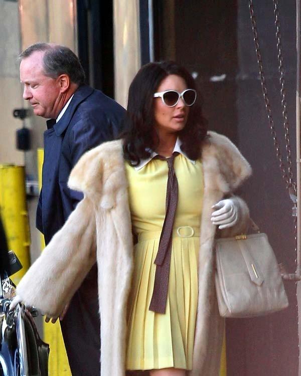 Lindsay Lohan sur le tournage de Liz & Dick le 23 juin 2012 à Los Angeles