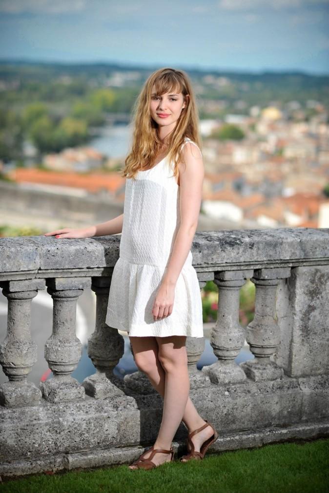 Louise Bourgoin lors du photocall de son film, Un heureux événement, lors du Festival du film francophone d'Angoulême, le 25 août 2011.