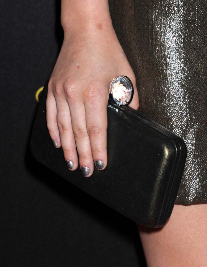 Lucy Hale sur le tapis rouge des des Young Hollywood Awards le 1er août 2013