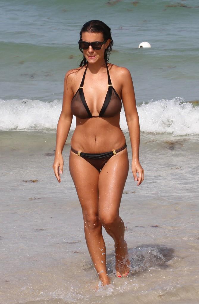 Ludivine Sagna : Elle fait grimper la température à Miami !