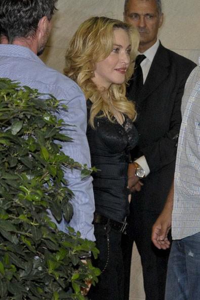 Madonna à Rome pour l'ouverture de son nouveau centre Hard Candy Fitness le 21 août 2013