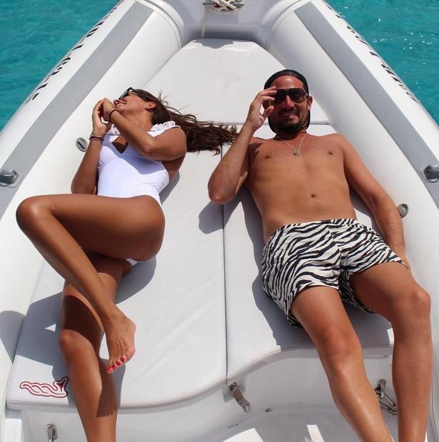 Malika Ménard à Ibiza le 12 août 2015