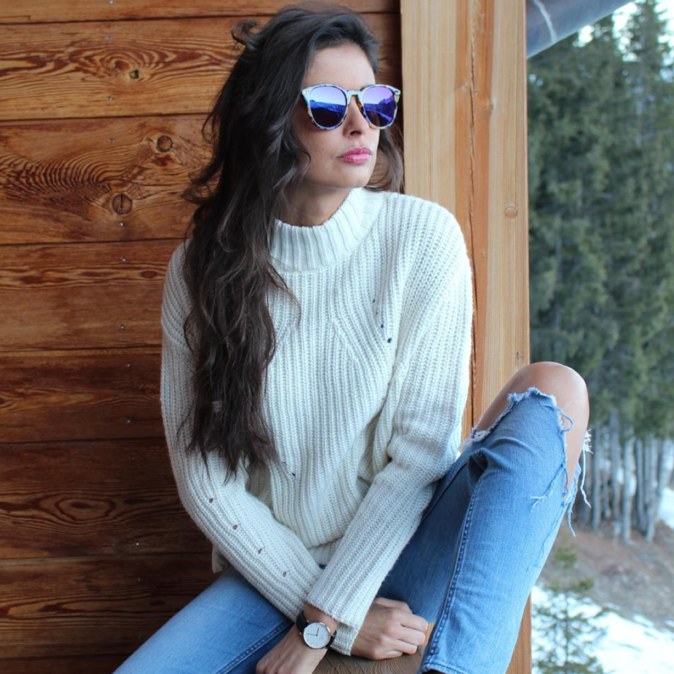 Photos : Malika Ménard : une skieuse sexy qui affole la Toile