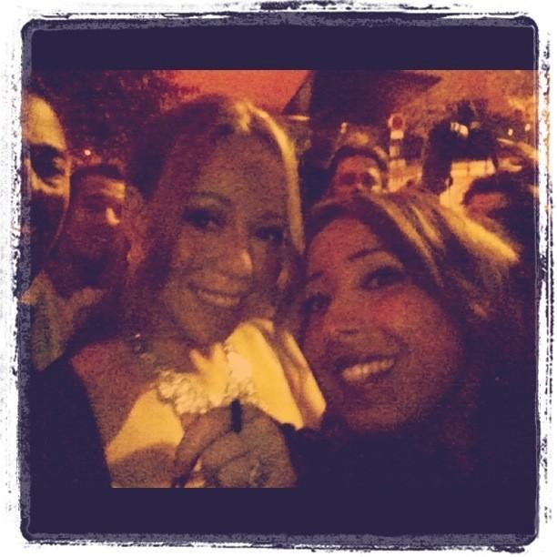 Mariah Carey et Nadia, journaliste de chez Public, le 27 avril 2012 à Paris.