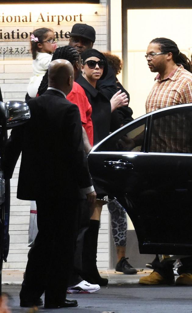 Photos : Mariah Carey : elle débarque à Tokyo avec ses jumeaux pour le lancement de sa tournée !