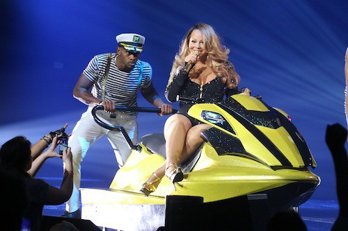 Photos : Mariah Carey : impressionnante et en play-back à Las Vegas ?