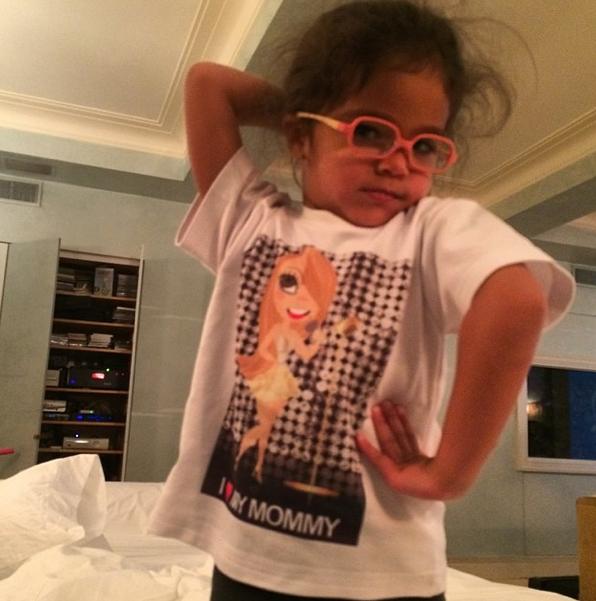 Photos : Mariah Carey : quand Monroe imite sa diva de maman !