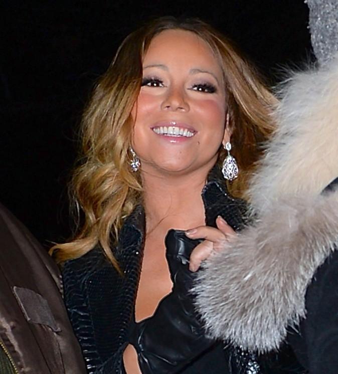 Mariah Carey toute pimpante à la sortie d'un studio d'enregistrement à New York, le19 décembre 2013.
