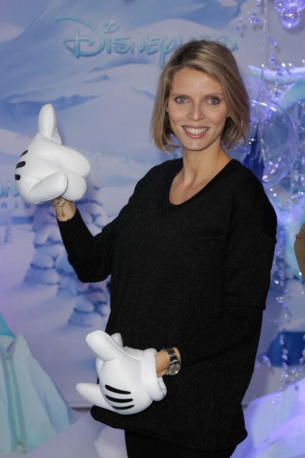 Sylvie Tellier (Miss France 2013) à Disneyland Paris le 9 novembre 2013