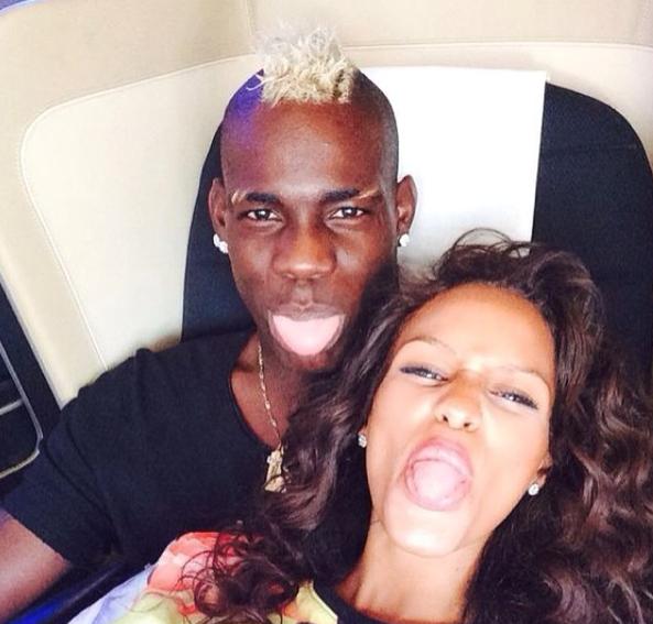 Photos : Mario Balotelli et Fanny Neguesha : il y a du (beau) monde au balcon !