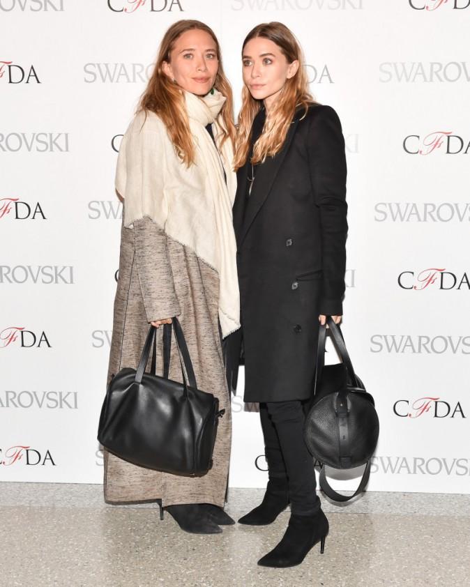 Mary-Kate et Ashley Olsen : tout en sobriété pour une nouvelle soirée new-yorkaise !