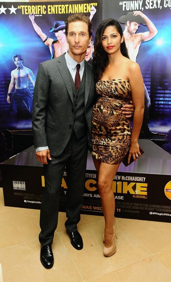 Matthew McConaughey et Camila Alves à la présentation de Magic Mike à Londres le 10 juillet 2012