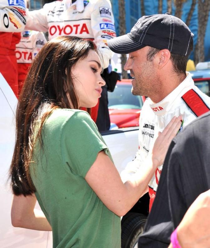 Megan Fox accro à son pilote de course préféré !