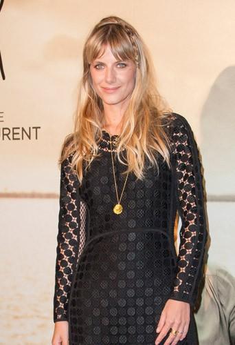 """Photos : Mélanie Laurent : sublime pour présenter """"Respire"""" malgré """"un bizutage très injuste"""" !"""