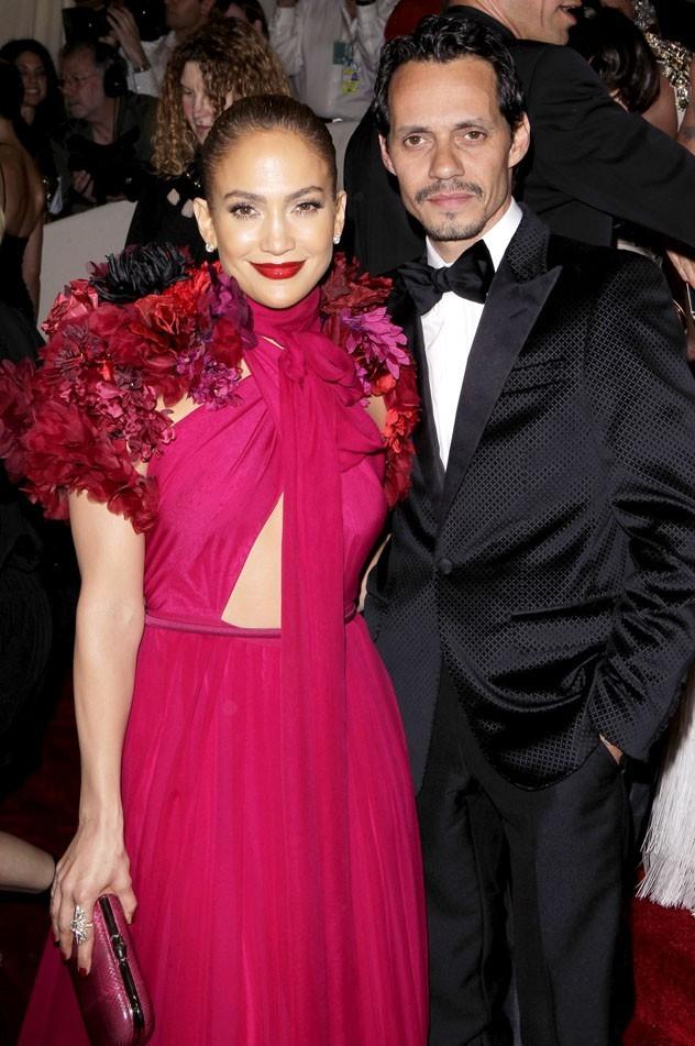 Jennifer Lopez en Pucci avec Marc Anthony !