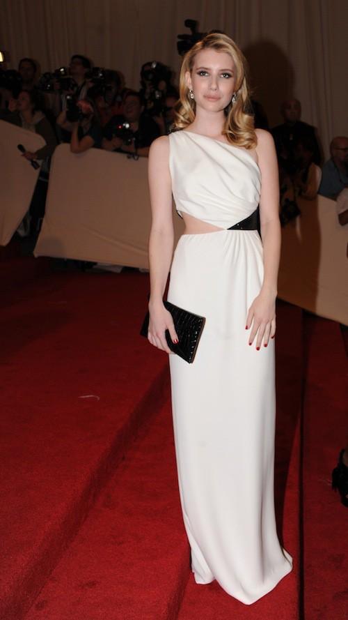 Emma Roberts lors du Met Ball de 2011