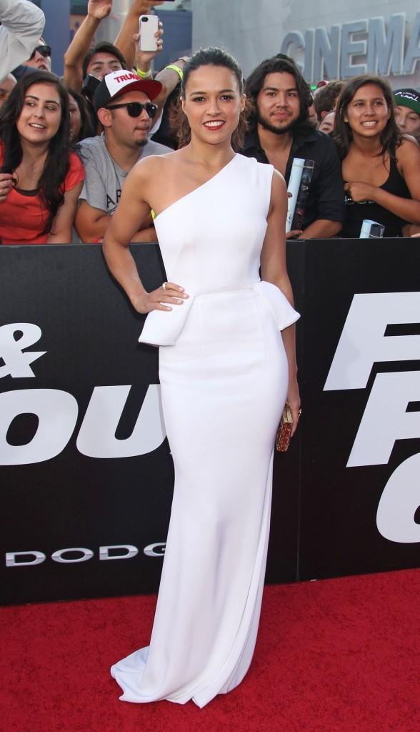 Michelle Rodriguez, chic à la première de Fast and Furious 6