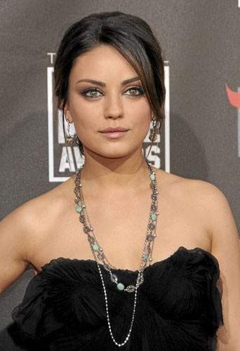 Photos : Mila Kunis aux Critics' Choice Movie Awards