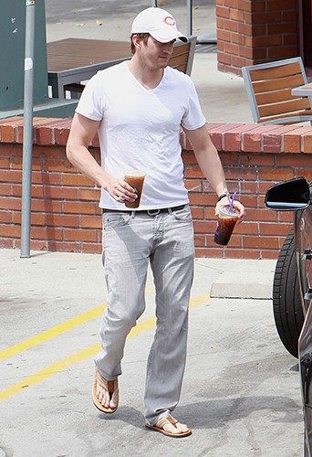 Ashton Kutcher à Los Angeles le 3 mai 2014