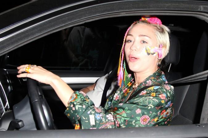 Photos : Miley Cyrus : bien vivante et toujours aussi déjantée !