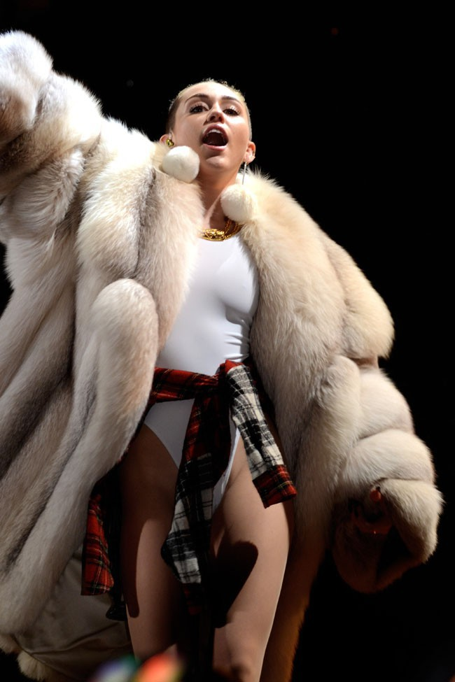 Miley Cyrus en concert à Miami le 20 décembre 2013