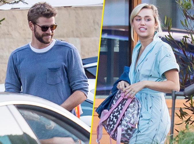Miley Cyrus et Liam Hemsworth souriants pour faire la fête ensemble, elle dévoile sa bague !