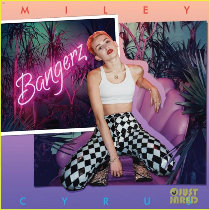 L'une des quatre pochettes de la version deluxe du nouvel album de Miley Cyrus