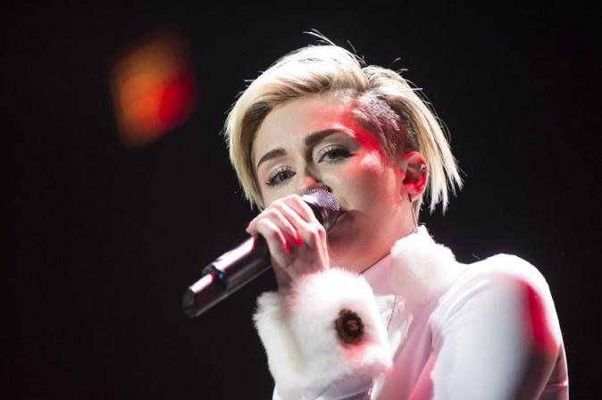 Miley Cyrus en concert à Washington le 16 décembre 2013