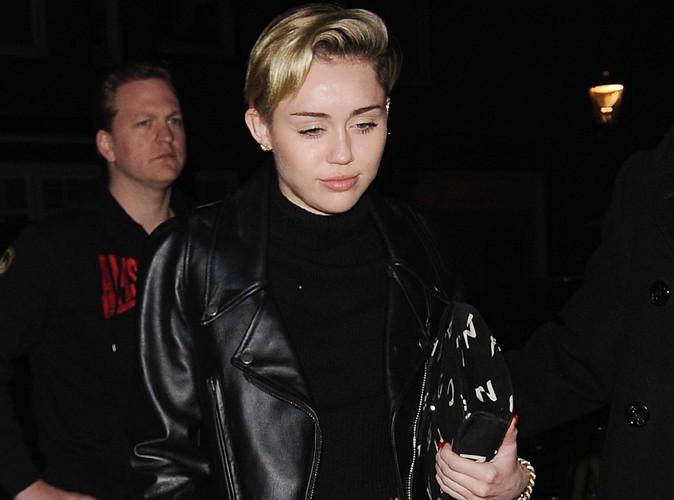 Miley Cyrus à Amsterdam avec Cara Delevingne le 8 novembre 2013