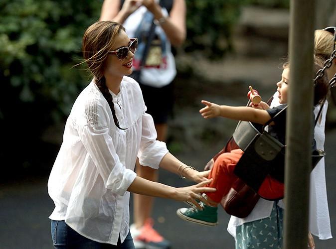 Miranda Kerr en famille à New-York le 12 septembre 2013