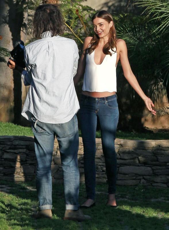Miranda Kerr lors d'une séance photo le 23 février 2013 à Los Angeles