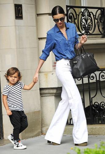Miranda Kerr et Flynn Bloom à New York le 3 juillet 2014
