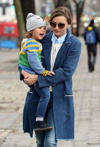 Miranda Kerr et son fils Flynn à New York le 8 avril 2014