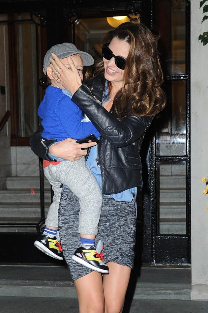 Miranda Kerr et son fils Flynn à New-York le 16 novembre 2012