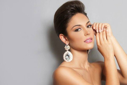 Miss Espagne, Elena IBARBIA JIMÉNEZ, 18 ans