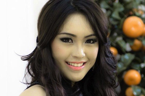 Miss Indonésie, Vania LARISSA, 17 ans