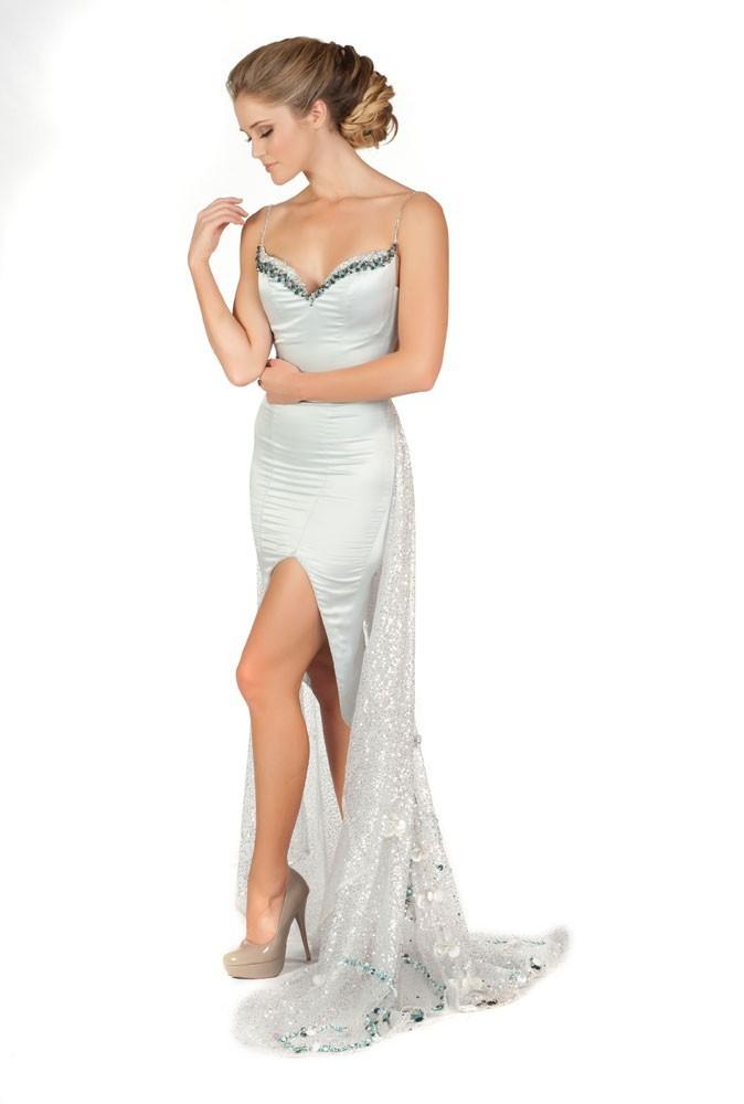 Miss Australie en robe de soirée