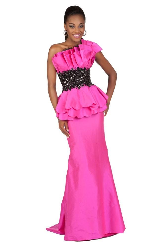 Miss Sainte Lucie en robe de soirée